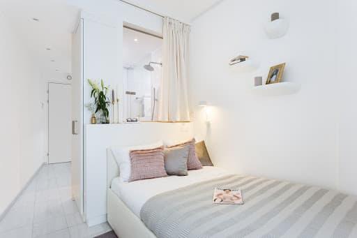 1 Bedroom Apart. Senior