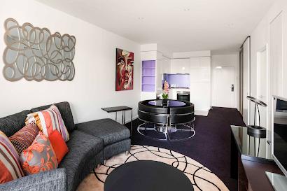 Aquitania Way Apartments, Docklands
