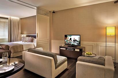 Raffles Place Suites