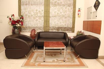 City Centre Serviced Apartments- Noida