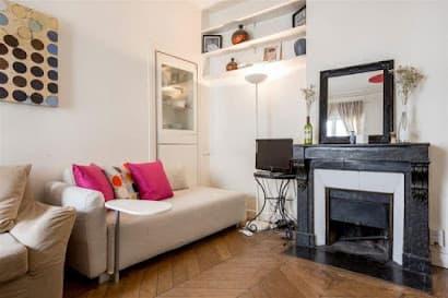 Rue du Conservatoire apartment