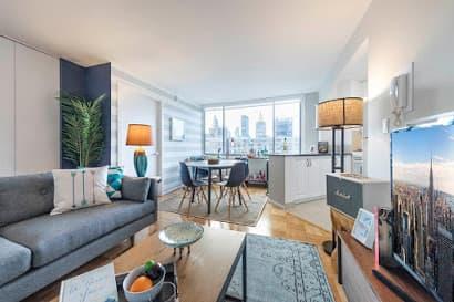 5th Avenue Apartments