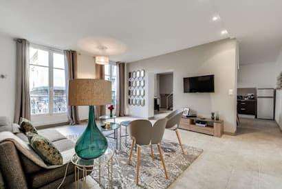 Arc De Triomphe Duplex Serviced Apartment, Champs Elysees