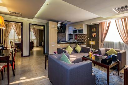 Prince Hmoud Street Apartments