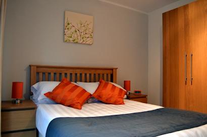 East Croydon Apartments