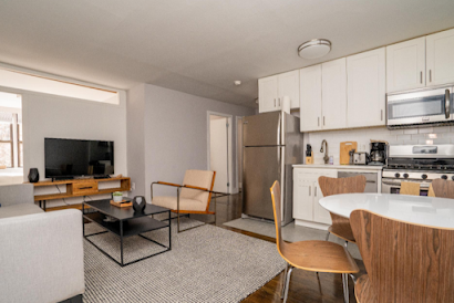 416 W 23rd, 3 BR