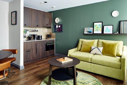 Apartment on Warwick Road Kensington