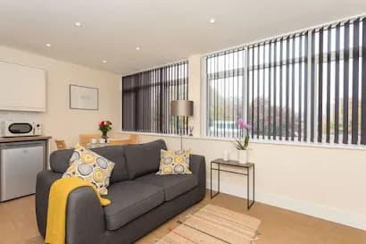 Horsham Serviced Apartment