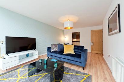 Grand Canal VI Serviced Apartment, Docklands