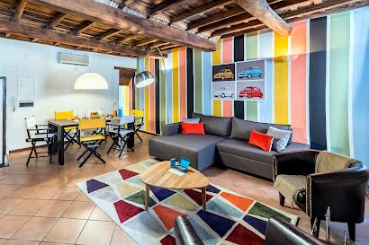 Urbana Serviced Apartment, Monti