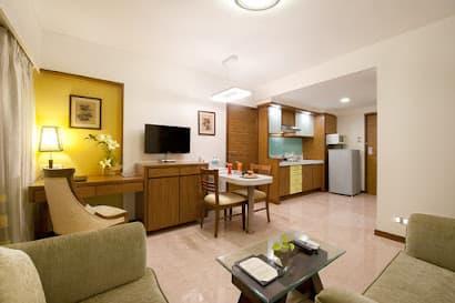 Turner Rd Apartments, Mumbai