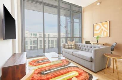 17 West Apartment 4