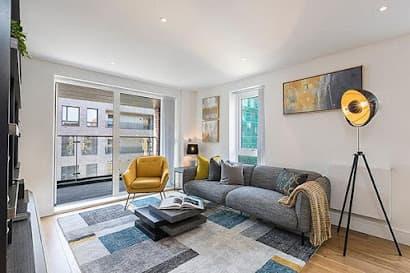 Elstree Apartment
