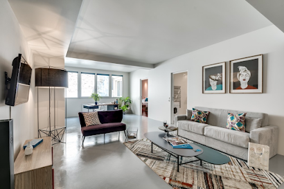 115m2 in the magnificent heart of Marais