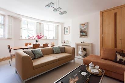 Apartment near Lennox Gardens in Knightsbridge