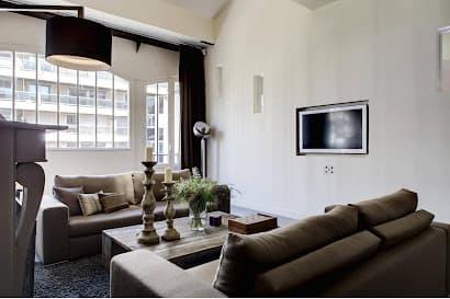 Place des Ternes Loft Apartment
