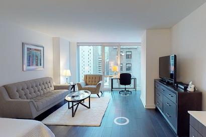 W. Randolph St Apartments