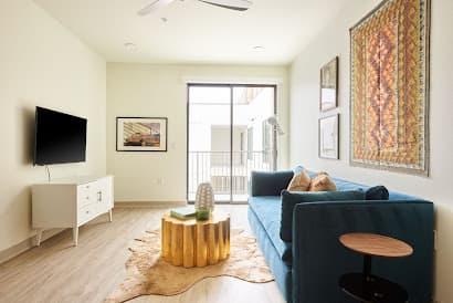 Woodrow Avenue Apartment 4