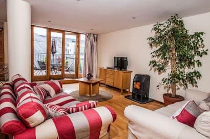 Molesworth Court Suites Serviced Apartment, Ballsbridge