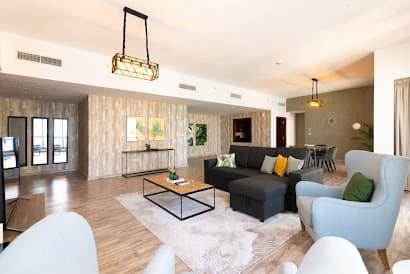 Sadaf 5 Serviced Apartment